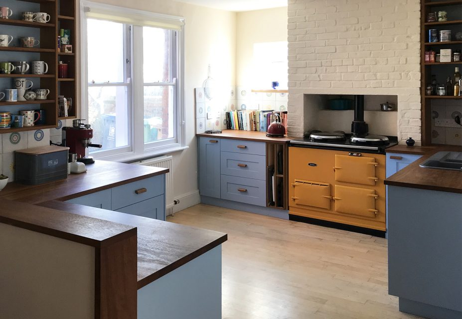 Oliver Legge Blue Shaker Kitchen Image 3