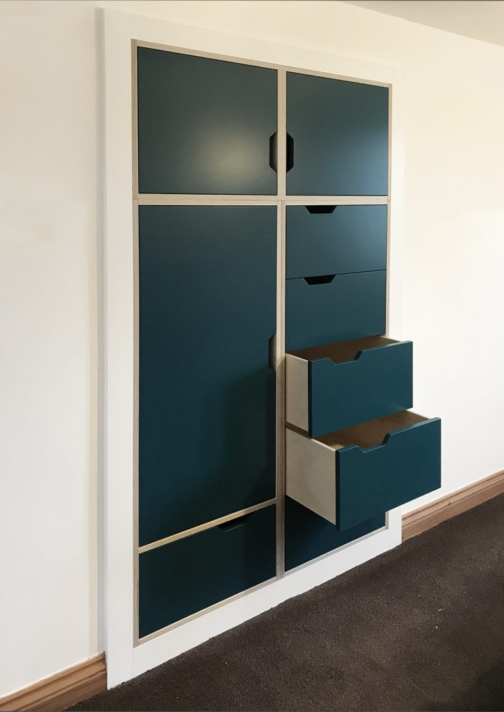 Oliver Legge Fitted Shelving Image 8